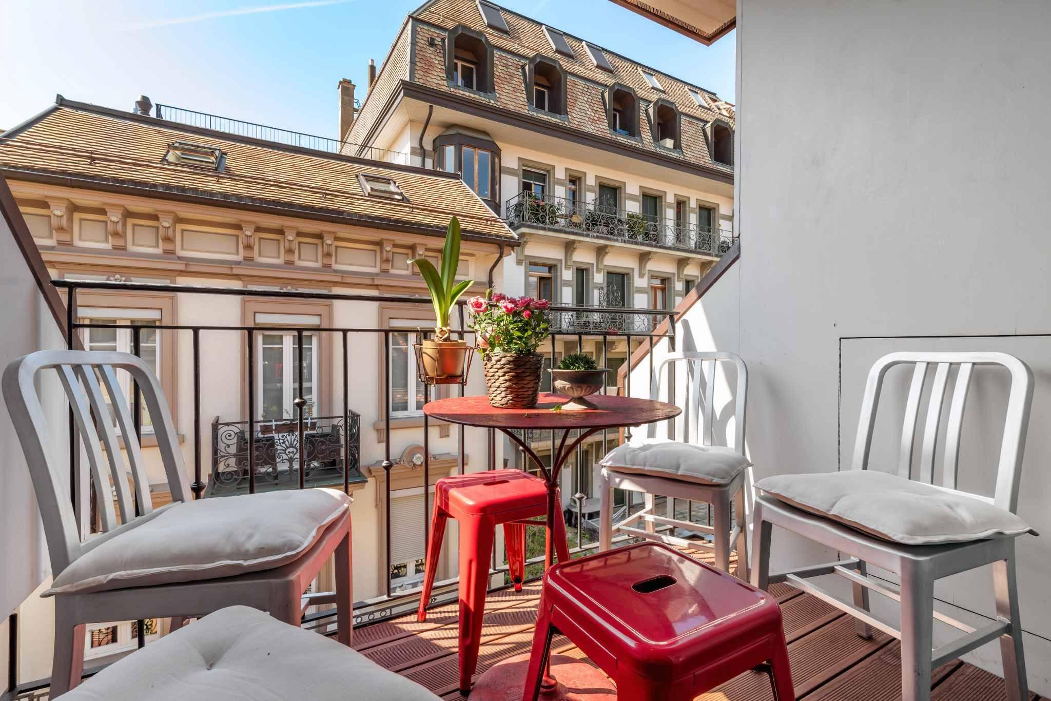 9.5-room triplex apartment