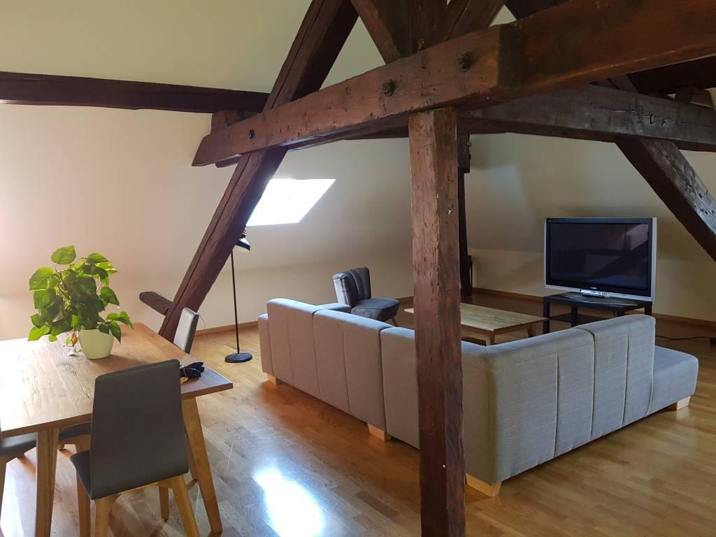 Appartement en attique de 4 pièces
