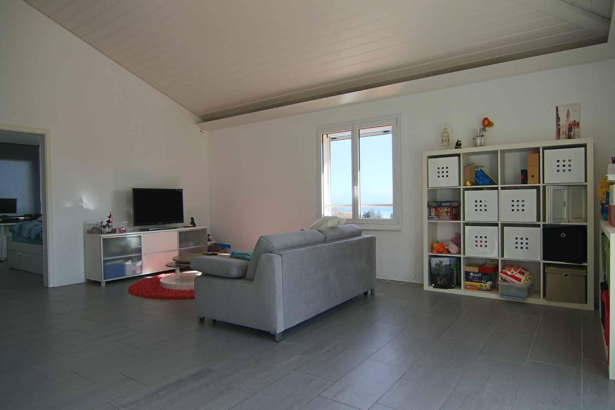 Appartement de 5.5 pièces, au 1er étage