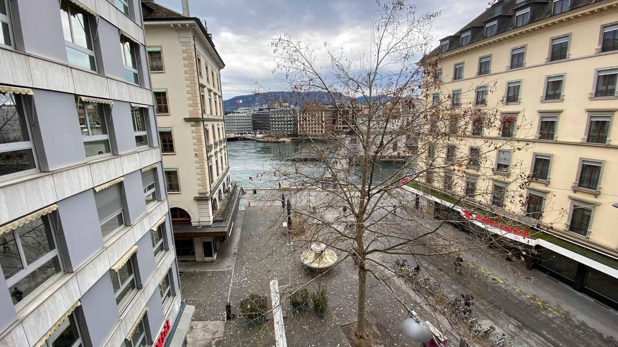 Genève / Quai des Bergues / Place Ruth-BÖSIGER