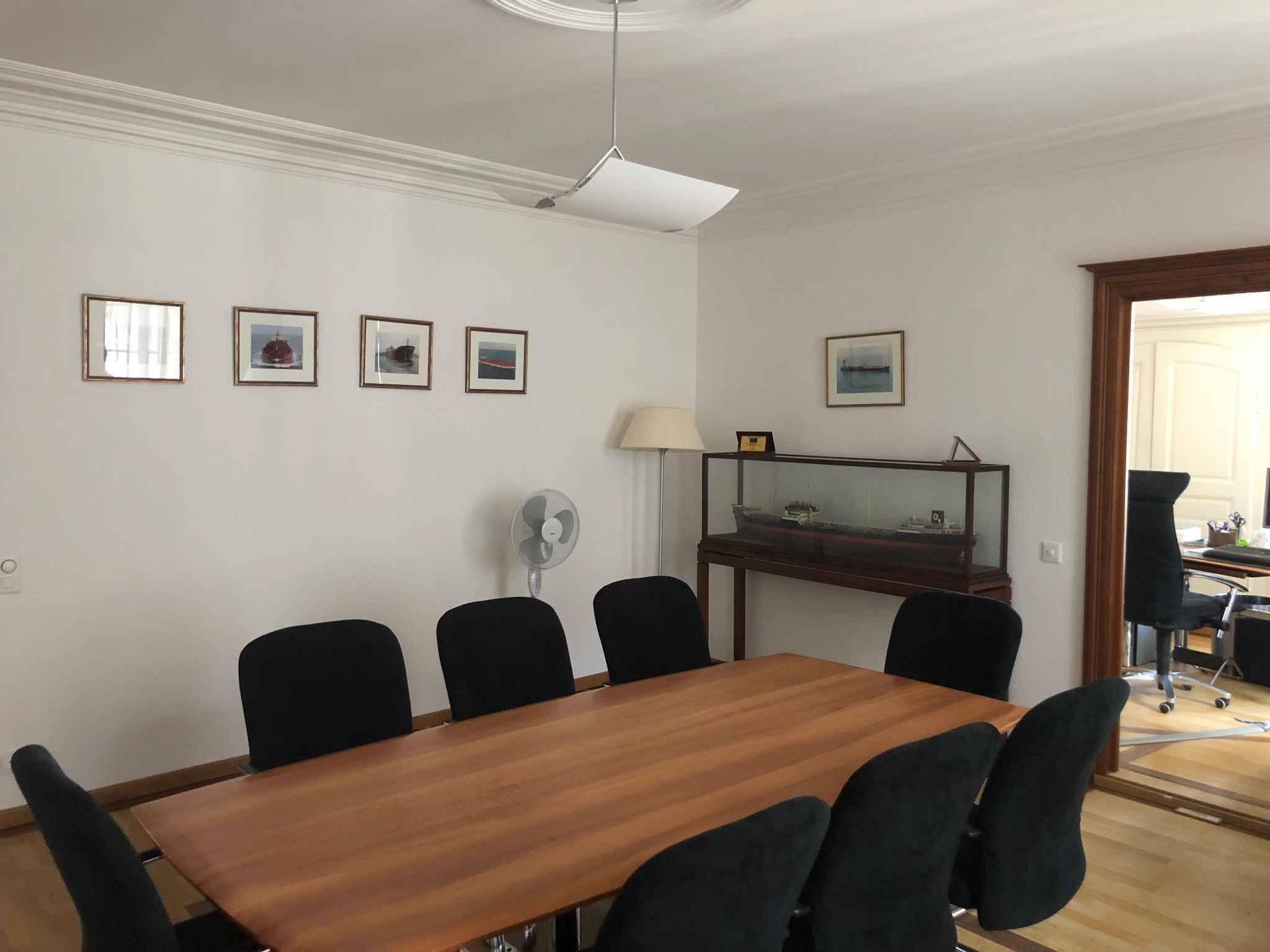 Bureau 124 m2 à Nyon